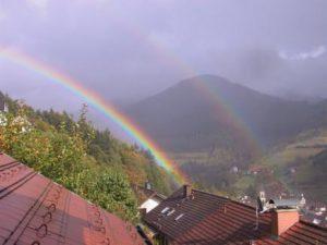 _wsb_435x322_Regenbogen+vor+dem+$C3$9Cberskopf